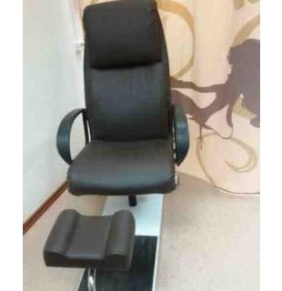 Педикюрная группа Надир со стулом для мастера Сеньор С